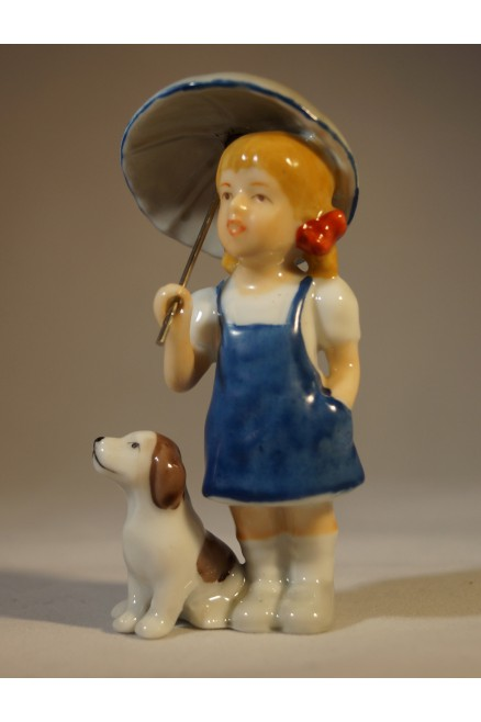 Bambina con cane by Royal Copenhagen